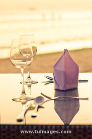 romantic dinner at beach