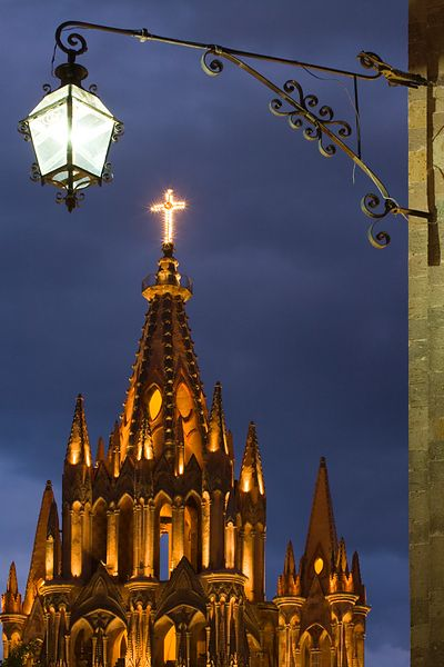Parroquia and Light Night