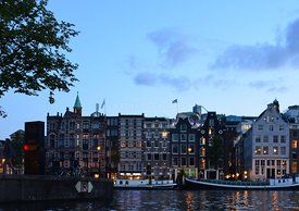 Amsterdam, canal, boat, tour, night, Bulldog, diner