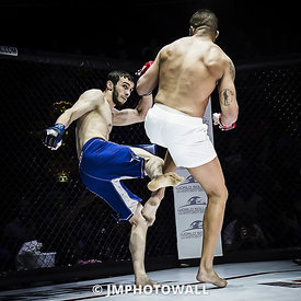 19092015CageEncounter4_DSC2772