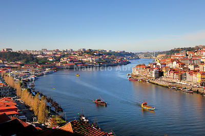 The Douro river between Oporto and Vila Nova de Gaia. Portugal