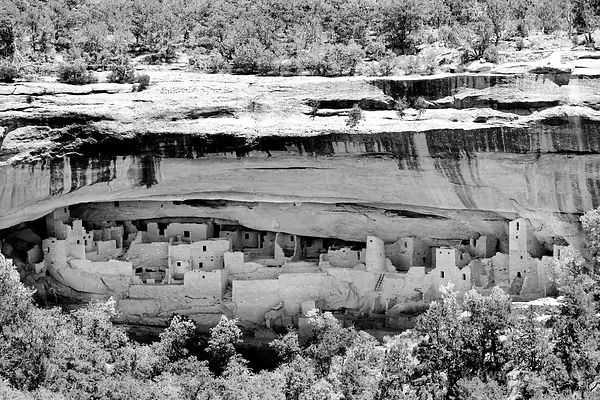 CLIFF PALACE MESA VERDE NATIONAL PARK COLORADO BLACK AND WHITE