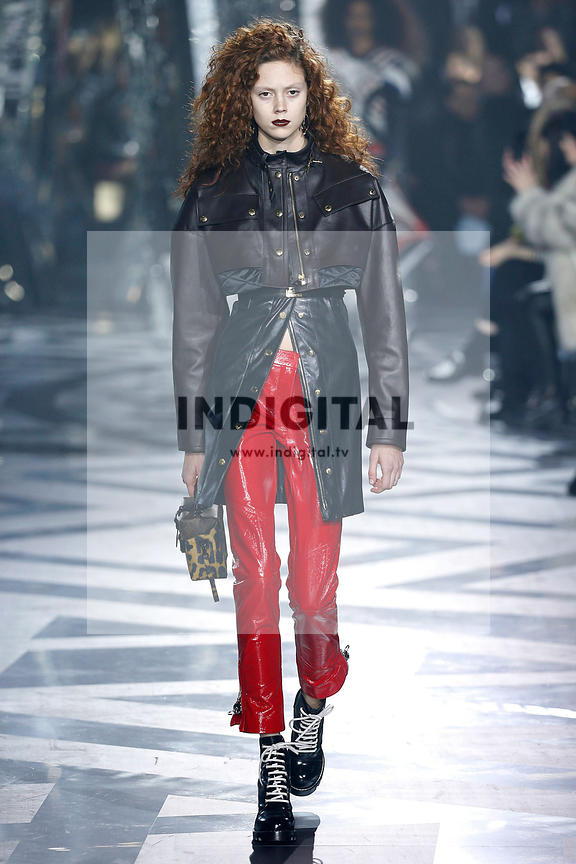 Louis Vuitton AW16 Collection photos