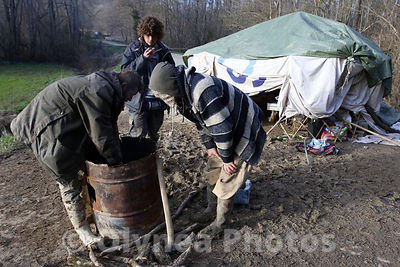 © Sebastien LAPEYRERE / Olynea photos; Lisle sur Tarn France March 4, 2015 ZAD area to defend the Sivens dam project . The Zadiste and protester camped behind barricades and monitor access to the site to prevent the incursion of pro- dam following the decision of the justice of the expulsion of Testet site .