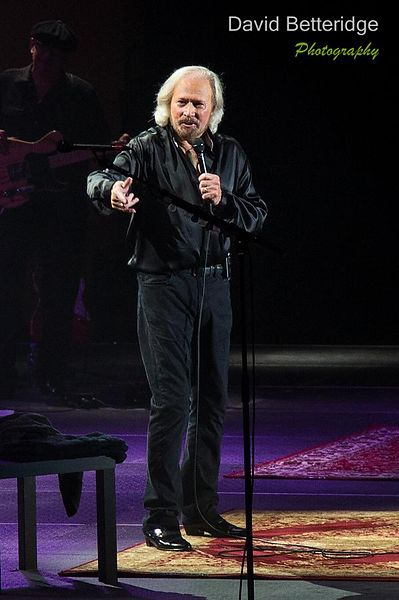 Barry_Gibb-022