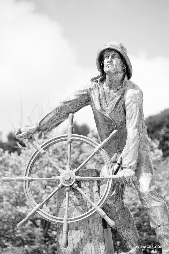 GLOUCESTER FISHERMAN MEMORIAL STATUE GLOUCESTER CAPE ANN MASSACHUSETTS BLACK AND WHITE VERTICAL