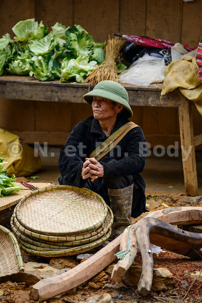 VIETNAM, CAN CAU, MARCHE ETHNIQUE // VIETNAM, CAN CAU, TRIBAL MARKET