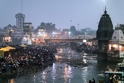 Diwali aarti on Har Ki Pauri ghat, Haridwar, India