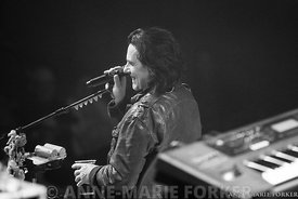 Marillion_Ulster_Hall_-_AM_Forker-8656