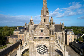 France, Morbihan (56), Sainte-Anne d'Auray, la Basilique Sainte-Anne