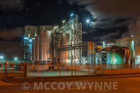 Refinery and Full Moon, Dock Road