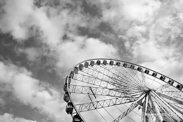 SKYVIEW FERRIS WHEEL DOWNTOWN ATLANTA GEORGIA BLACK AND WHITE