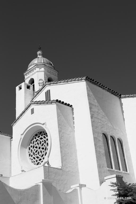 SANTA BARBARA CALIFORNIA BLACK AND WHITE VERTICAL