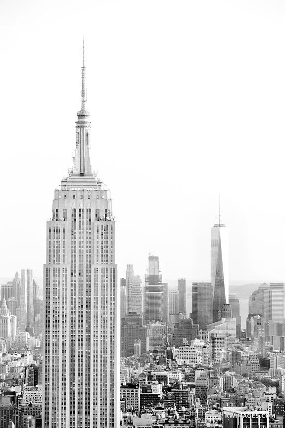 EMPIRE STATE BUILDING MAHATTAN SKYLINE NEW YORK CITY BLACK AND WHITE VERTICAL