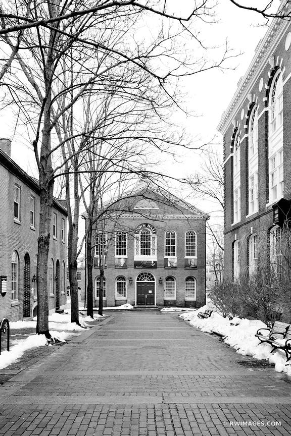 SALEM MASSACHUSETTS BLACK AND WHITE