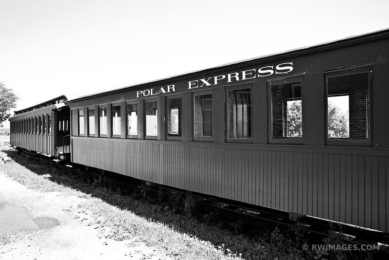 POLAR EXPRESS PORTLAND MAINE BLACK AND WHITE