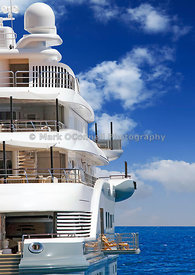 Superyacht Radiant