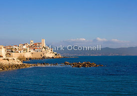 Antibes town 2