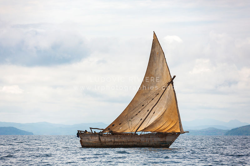 Malagasy canoe on the open sea