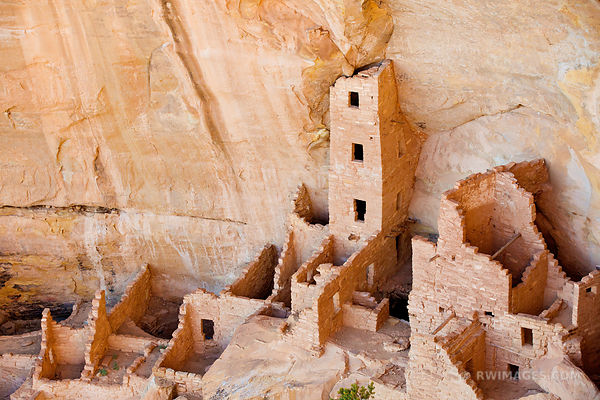 SQUARE HOUSE RUINS MESA VERDE NATIONAL PARK COLORADO