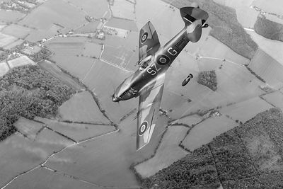Dive bombing Spitfire BW version
