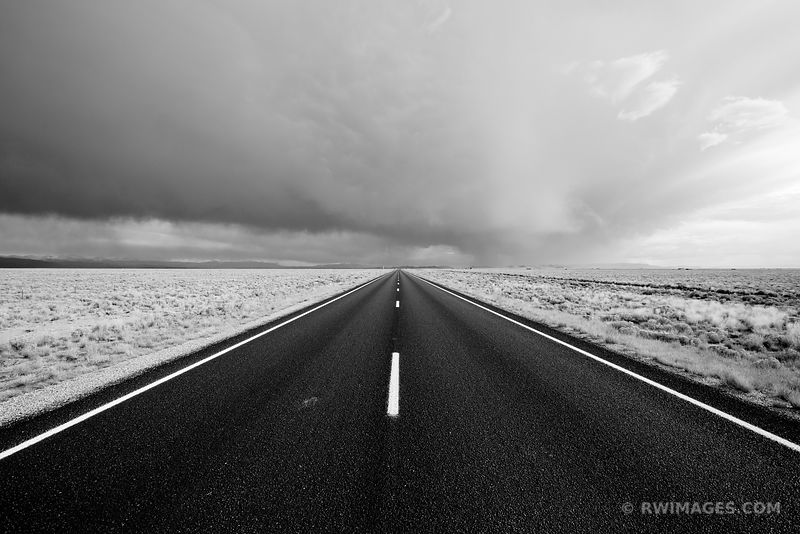 ROAD IN SAN LUIS VALLEY COLORADO BLACK AND WHITE