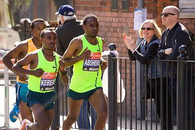 Tsegaye Kebede and Ayele Abshero both from Ethiopia finished in 3rd and 4th place respectively.
