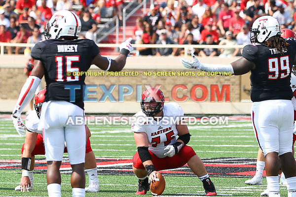 09-02-17_FB_Texas_Tech_v_E._Washington_RP_4790