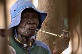 Dinka smoking