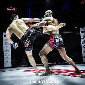 19092015CageEncounter4_DSC3190