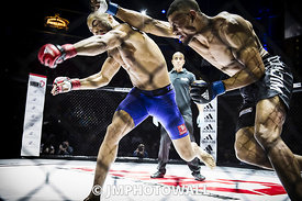 19092015CageEncounter4_DSC3677