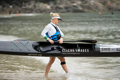 2017 ICF Canoe Ocean Racing World Championships Day 1 Women's competition at Hong Kong on November 18, 2017 / Billy Chan / Clicks Images