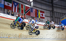 Men's Omnium Points Race. Track Day 2, Toronto 2015 Pan Am Games, Milton Pan Am/Parapan Am Velodrome, Milton, On; July 17, 2015