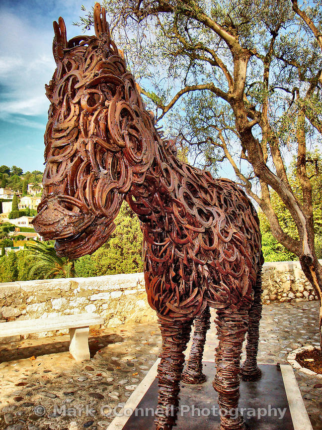Horse made of horse shoes
