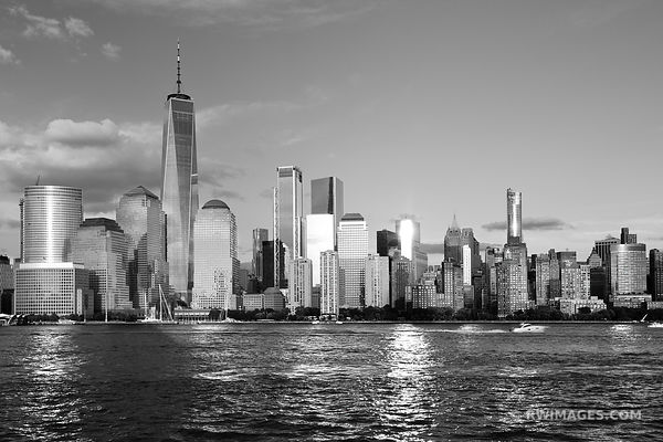 MANHATTAN SKYLINE FREEDOM TOWER NEW YORK CITY NEW YORK BLACK AND WHITE