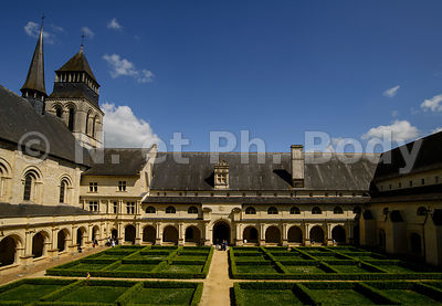 FRANCE, MAINE ET LOIRE, ABBAYE DE FONTEVRAUD//France, Maine et Loire, Fontevraud Abbaye, Loire Valley, Abbey Of Fontevraud, Cloister Ste Mary