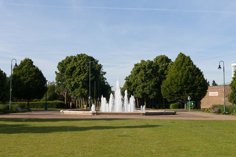 UK - Hertfordshire - Details of the fountain and Broadway Gardens at the centre of Letchworth