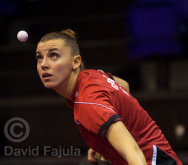 Croatian table tennis player Lea Rakovac (Vic Tennis Taula) serves during a match against Ucam Cartagena