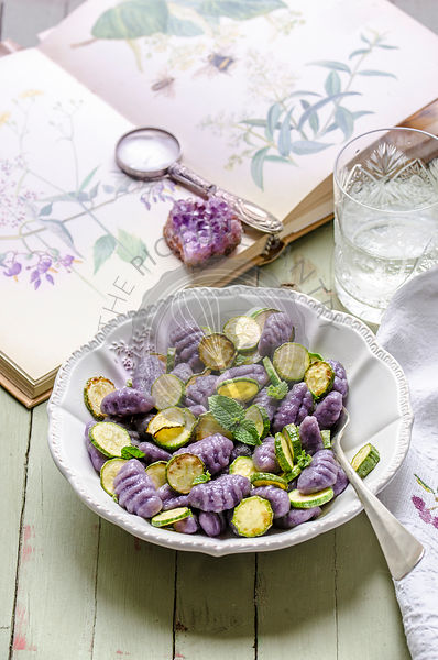 Violet Gnocchi with zucchini and mint