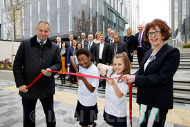 Free First Use.New public realm opens beside the St Vincent Plaza, Glasgow..2.10.15.Mark Glatman (Barbour jacket), chief executive of Abstract Securities, the developer of St Vincent Plaza, and Bailie Liz Cameron will cut a ceremonial ribbon to mark the opening of St Vincent Plaza's new public space in Glasgow. They will be joined by Daniel Van Wyk (yellow tie), manager of Hilton Glasgow, Lauren Rennie (9)  and Aissatou Bah (10)  of Oakgrove Primary School. ..News release attached...More info from:.Pauline Gregory or Lisa Mennie.Skylark Public Relations Ltd.Pauline@skylarkpublicrelations.com.lisa@skylarkpublicrelations.com.www.skylarkpublicrelations.com.twitter.com/skylarkpr1.07833 490964..Picture Copyright:.Iain McLean,.79 Earlspark Avenue,.Glasgow.G43 2HE.07901 604 365.photomclean@googlemail.com.www.iainmclean.com.All Rights Reserved.No Syndication
