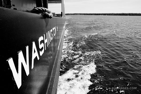 WASHINGTON ISLAND FERRY DOOR COUNTY WISCONSIN BLACK AND WHITE
