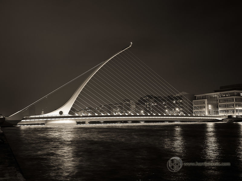 Ireland - Dublin (Samuel Beckett Bridge At Night)