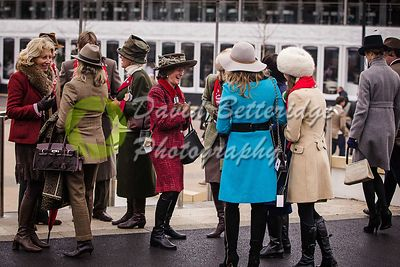 Cheltenham_Gold_Cup_Day_2015_-188