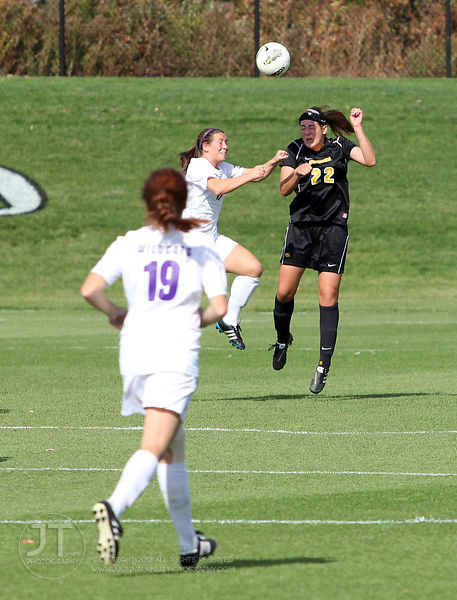IOWA_NORTHWESTERN_SOCCER13