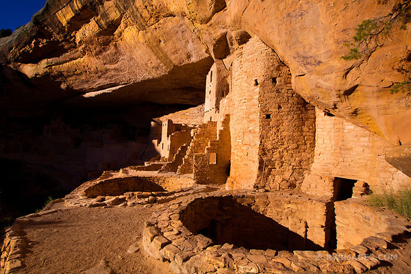 CLIFF DWELLINGS RUINS CLIFF PALACE MESA VERDE NATIONAL PARK COLORADO HORIZONTAL COLOR