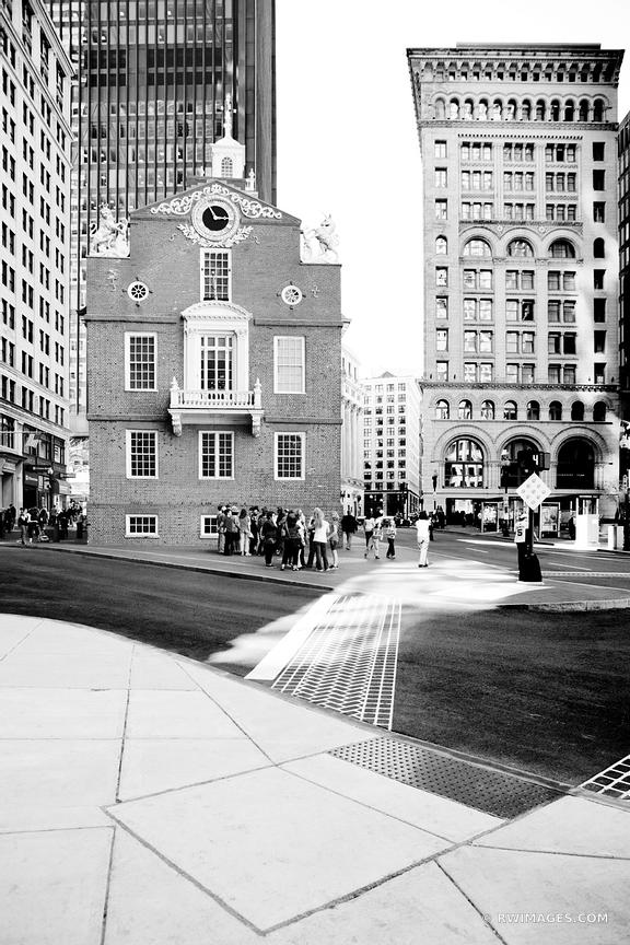 HISTORIC BOSTON ARCHITECTURE DOWNTOWN OLD STATE HOUSE BLACK AND WHITE VERTICAL