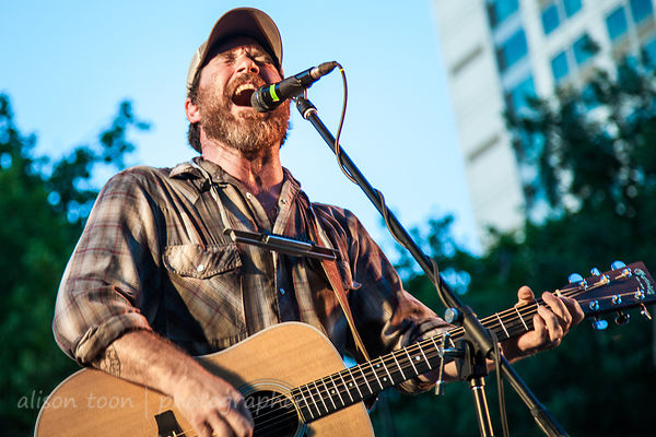 Chuck Ragan photos