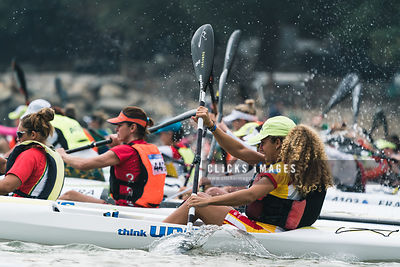 2017 ICF Canoe Ocean Racing World Championships Day 1 Women's competition at Hong Kong on November 18, 2017 / Lampson Yip / Clicks Images