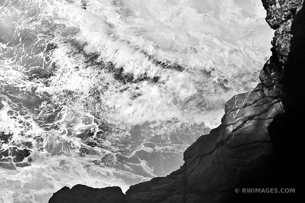 OCEAN WAVES BIG SUR PACIFIC COAST CALIFORNIA BLACK AND WHITE