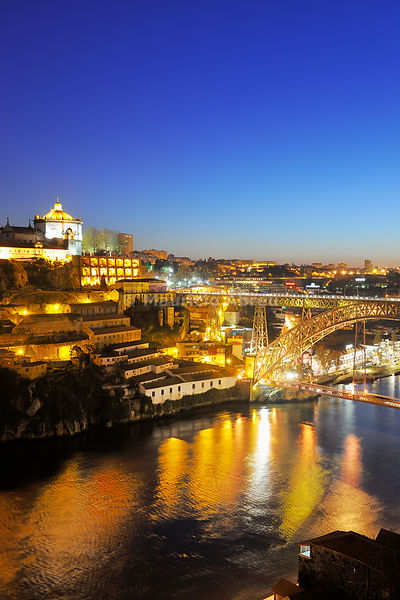 Ponte Dom Luis I, a UNESCO World Heritage Site across the Douro river and Serra do Pilar monastery in Vila Nova de Gaia. Oporto, Portugal